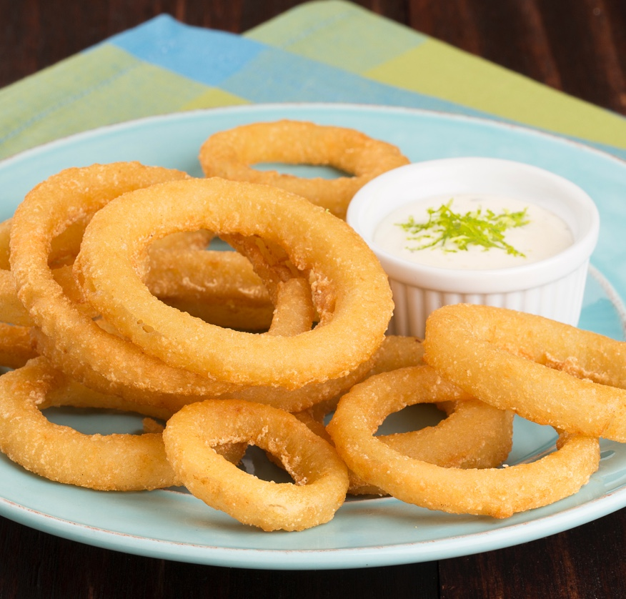 golden-crisp-battered-onion-rings-80010094.jpg