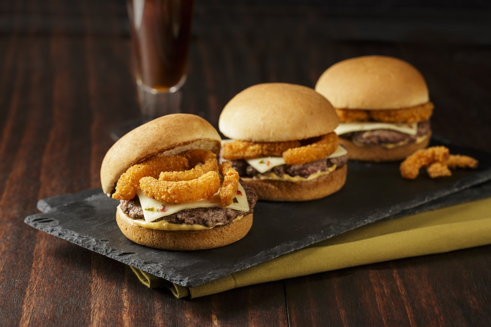 Grid_Iron_Sliders_with_Spicy Onion_Straws-min.jpg